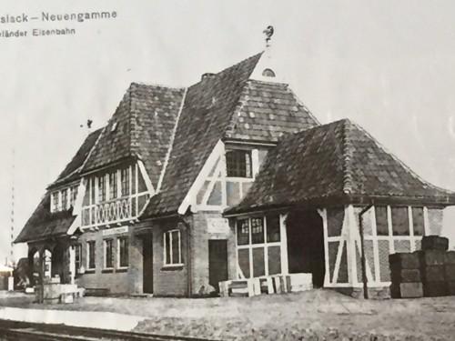 Zum alten Bahnhof
